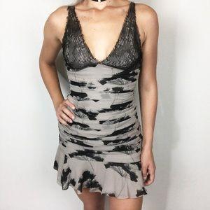 Elizabeth & James Sz 4 Lace Silk Ruched Mini Dress